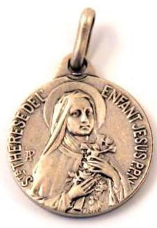 Médaille Ste Thérèse, finition Vieil Argent en laiton argenté  18 mm, Pack de 25