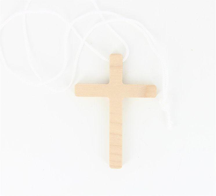 Croix d´aube en hêtre vernis 7 x 5 cm